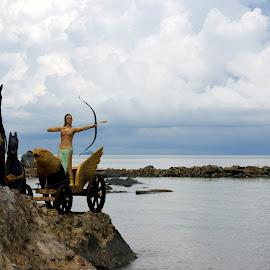 Batu Payung  by Mulawardi Sutanto - Buildings & Architecture Statues & Monuments ( statue, indonesia, batu payung, travek, kalimantan, singkawang )
