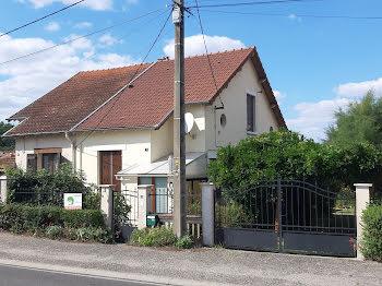 maison à Saint-Hilaire (03)