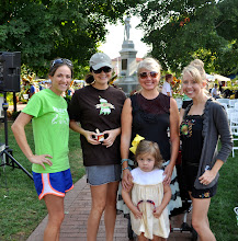 Photo: Some of the other local bloggers I met up with to check out the greatness of the farmer's market!