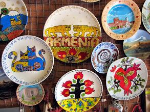 Photo: Kauniita matkamuistoja (jotka jäivät kauppaan). Erityisesti tuo granaattiomena oli täällä suosittu aihe.