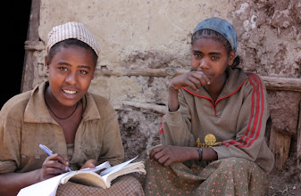 Photo: Studentesse, Lalibela