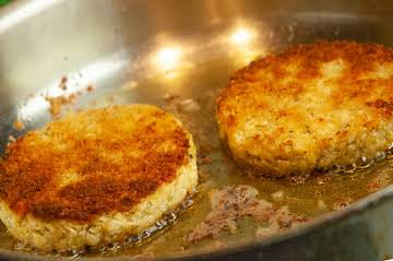 Crabless Crab Cakes with Chicken