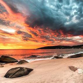 Sunrise in Taquarinhas Beach by Rqserra Henrique - Landscapes Beaches ( sunrise, rocks, beach, colorfull, dawn, clouds, colorful, rqserra, morning )