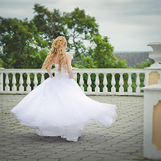 Wedding photographer Vera Lachugina (bird). Photo of 15.07.2013