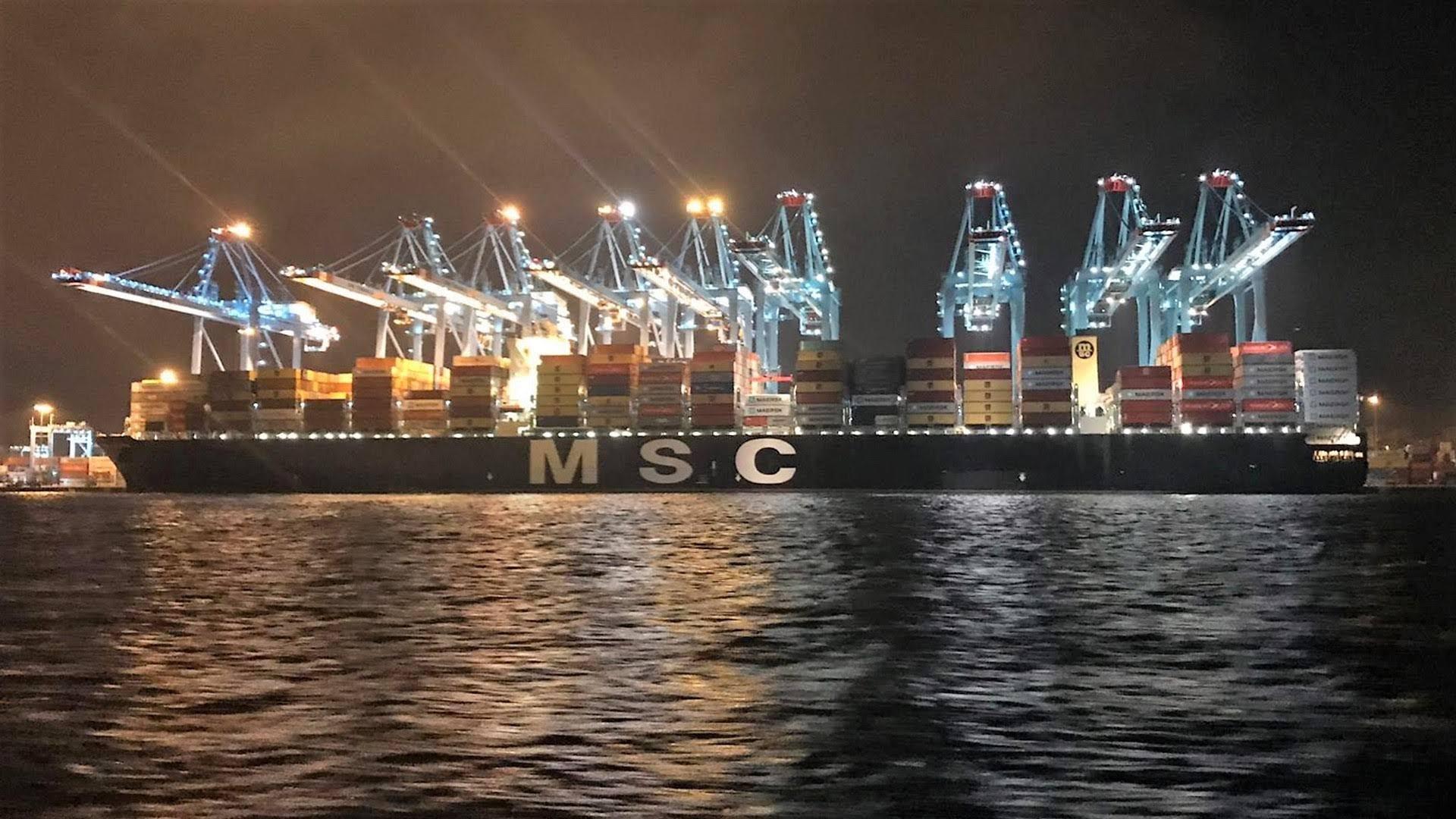 APM Terminals Algeciras bate un nuevo récord de movimientos sobre un buque