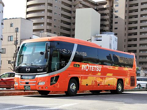 伊予鉄バス「坊ちゃんエクスプレス」 5523