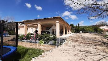 villa à Salernes (83)
