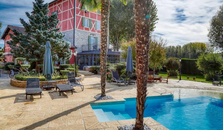 Maison avec piscine et terrasse Trévoux