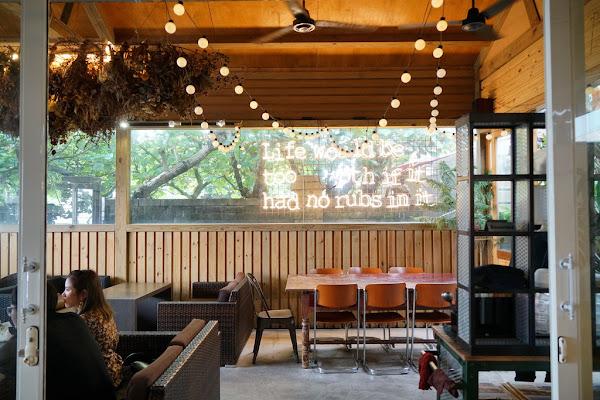 三芝無敵海景咖啡廳 Le coq 公雞咖啡 淺水灣、三芝秘境咖啡 復古雜貨風 一秒掉進峇里島