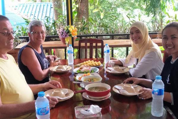 Enjoy a healthy Thai lunch