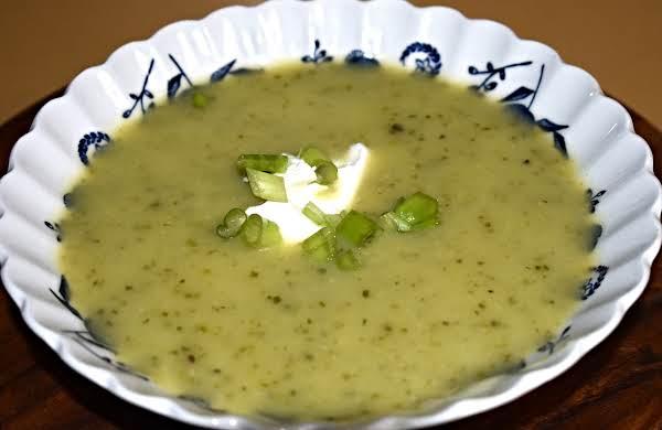 Garlic-zucchini Soup Recipe