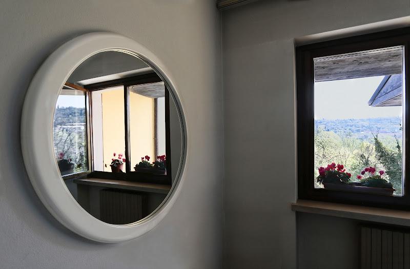 Specchio nello specchio di meteorite