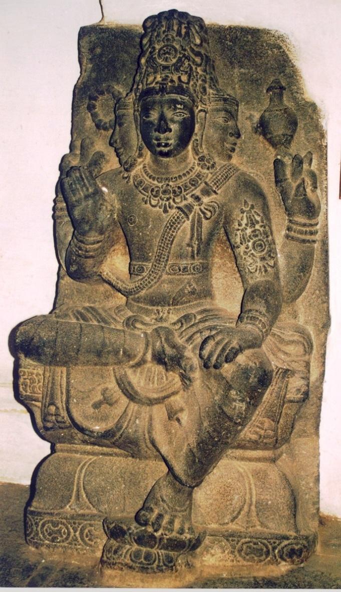https://upload.wikimedia.org/wikipedia/commons/8/81/Prajapati.JPG