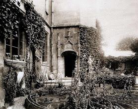 Photo: pontoise, ancien Palais du tribunal, musée, 1902. .- EUGÈNE ATGET