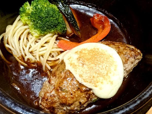 山本漢堡排手工現作!超juice的日式美味
