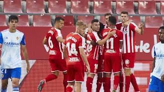 El Girona celebra el gol frente al Real Zaragoza en casa.