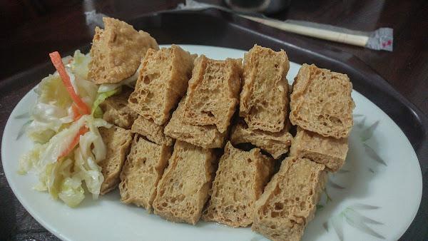 台北最愛臭豆腐沒有之一,同心大腸蚵仔麵線/臭豆腐,古亭捷運必吃美食小吃