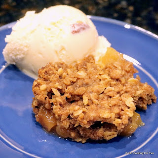 Simple Crock Pot Apple Crisp