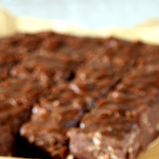 3 Ingredients Chocolate Fudge – Crunchy 3 Ingredients Chocolate Fudge