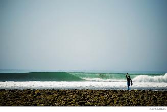 Photo: Charlie Fawcett, Malibu. Photo: Gordon #Surfer #SurferPhotos