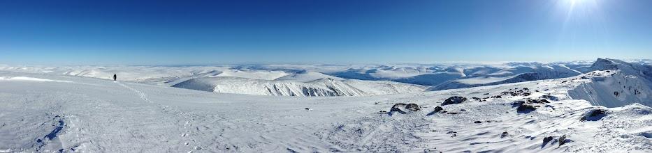 Photo: Eastern panorama from Kaskasatjåkka (2076 m)