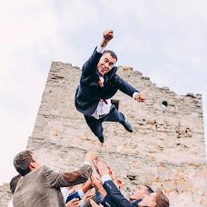 Wedding photographer Mikhaylo Bodnar (mixanja). Photo of 19.10.2015