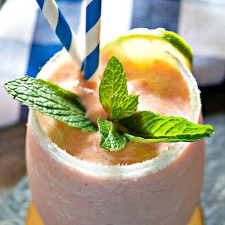 The Most Refreshing Papaya Mint Smoothie.