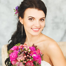 Wedding photographer Alena Lyalyushkina (Lialiushkina). Photo of 25.03.2016