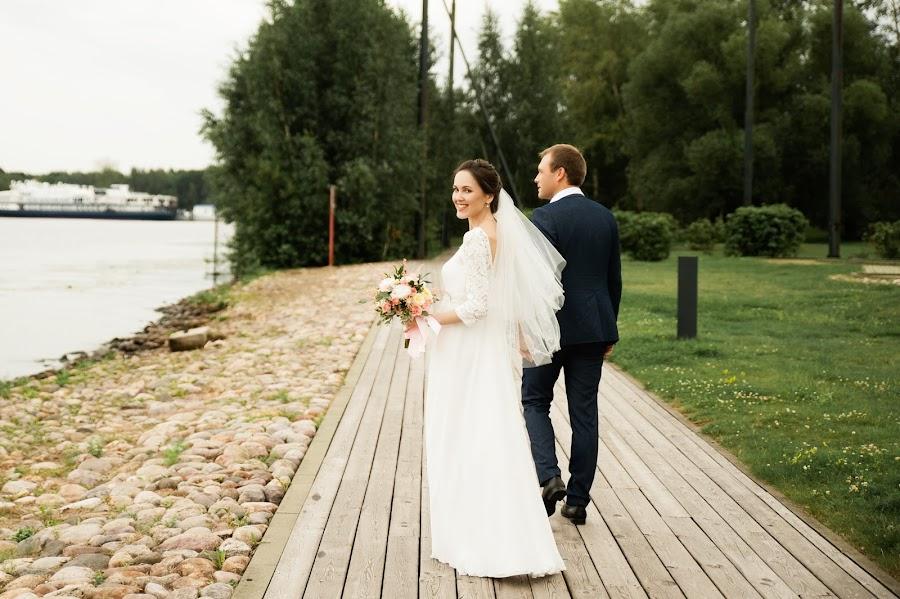 Wedding photographer Aleksandra Kharlamova (akharlamova). Photo of 05.09.2018