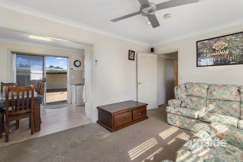 Photo of property at 54 Anne Street, Karabar 2620