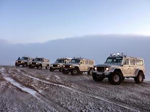 Photo: I nostri Land Rover Defender 110 AT37 in inverno in Islanda. www.90est.it