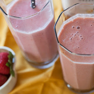 Strawberry & Banana Greek Yogurt Smoothie.