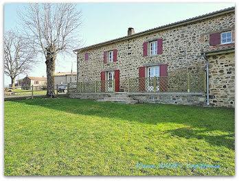 maison à La Chapelle-sur-Usson (63)