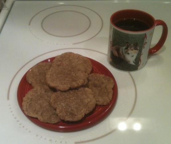 Autumn Oatmeal Crisps Recipe