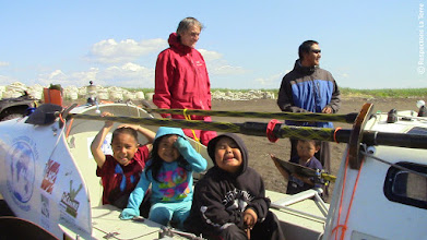 Photo: Nouveaux rameurs Inupiaq, Kivalina