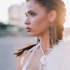 Wedding photographer Karina Popova (Lavinia). Photo of 07.11.2015