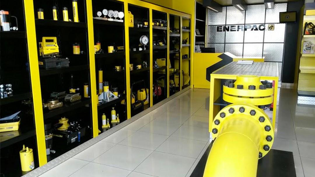 Enerpac Showroom Mussafah - Oil Field Equipment Supplier