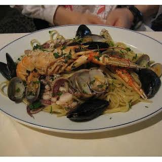 Fresh Seafood Pasta.