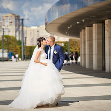 Wedding photographer Roman Gukov (GRom13). Photo of 15.01.2018