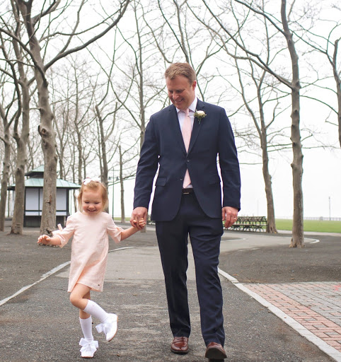 The Winner of the Cutest Dad in Hudson County 2021 Is…
