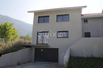 Maison 6 pièces 201,21 m2