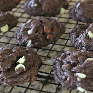 Dark Chocolate Mint Cake Mix Cookies #Cookielicious #SundaySupper