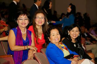 """Photo: Có chị Như Quý (Madame Tự) cũng tham gia nhóm """"Thích Nữ Chụp Hình"""" trụ trì trong """"Nhà Dòng Mến Ống Kính""""!!!"""