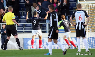 Photo: Falkirk v Dunfermline Athletic Irn Bru First Division The Falkirk Stadium 6 October 2012Lyle Taylor celebrates his second(c) Craig Brown | StockPix.eu