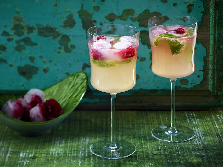 Raspberry-Basil Moscow Mule Cocktail Recipe