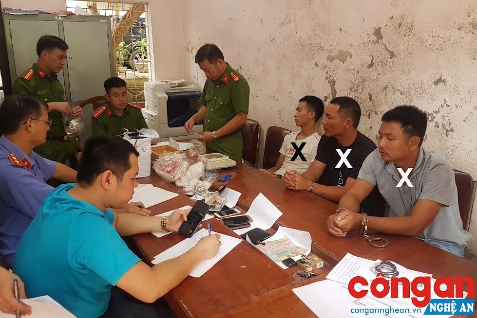 Công an huyện Tương Dương bắt giữ các đối tượng (X) phạm tội về ma túy