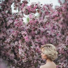 Wedding photographer Ivan Nepovinnykh (ivan44). Photo of 19.05.2014