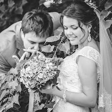 Wedding photographer Anton Sviridov (SviridoVV). Photo of 13.02.2016