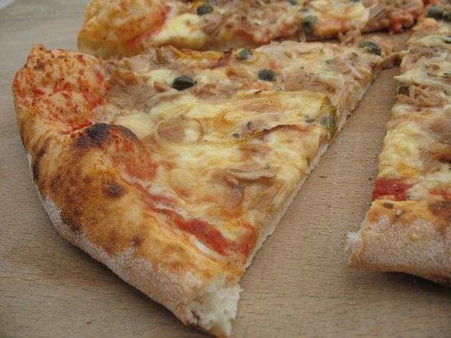 Photo: Mirakul pizza s tunjevinom