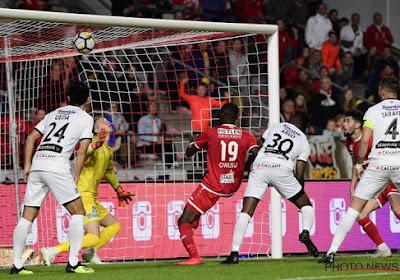 Coaches zijn opvallend lief voor elkaar na Antwerp - Cercle en reageren elk op drie cruciale fases